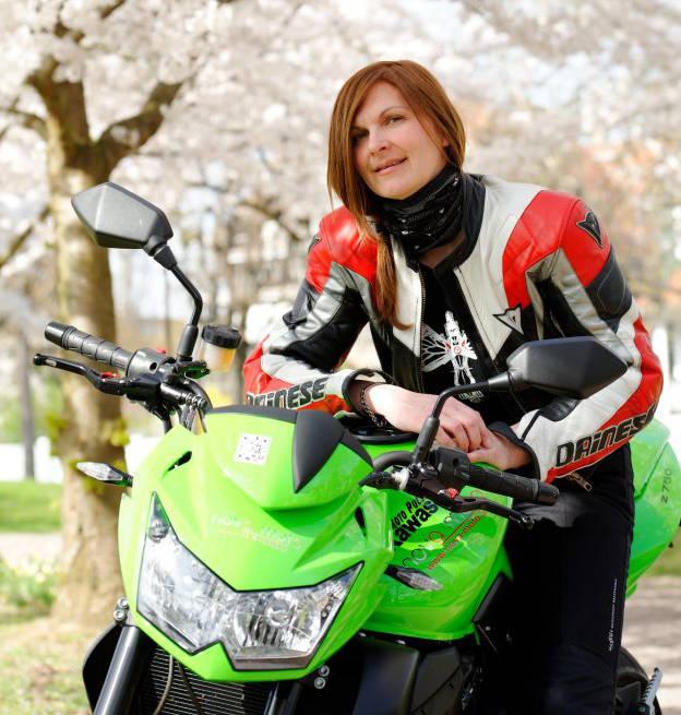 Isabelle Nova Moto